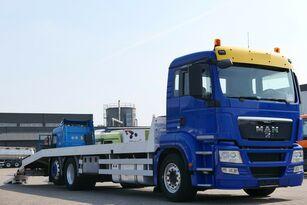camion bisarca MAN TGS 26.400 6x2 Csörlővel és rámpával