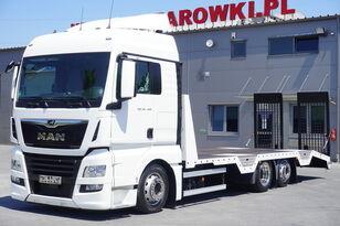camion bisarca MAN TGX 26.460 XLX , E6 , 6X2 , NEW BODY 7,9m , ramps ,winch , remot