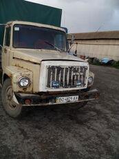 camion centinato GAZ 3307
