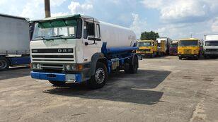 camion cisterna per trasporto gas DAF 2100