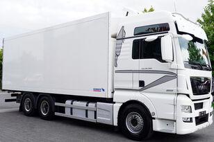 camion frigo MAN Man TGX 28.560 BL 6X2 Euro 6 / SCHMITZ REFRIGERATOR 18 PAL