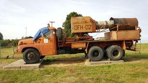 camion militare TATRA 148