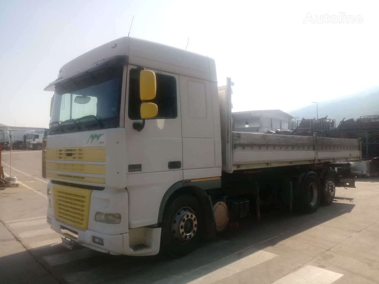 camion pianale DAF XF 95.430