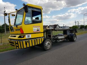 camion portacontainer TERBERG BC182