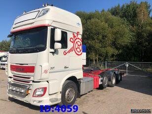 camion telaio DAF XF106 8x2 EURO6