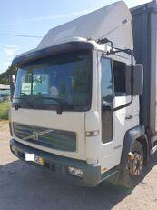 camion telonato VOLVO FL 180