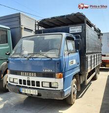 camion trasporto bestiame BEDFORD NKR 575/60