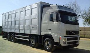 camion trasporto bestiame VOLVO FH16 520