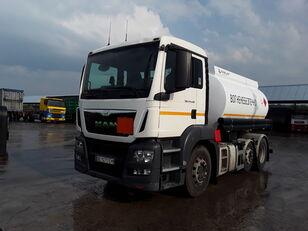 camion trasporto carburante MAN TGS 24.440