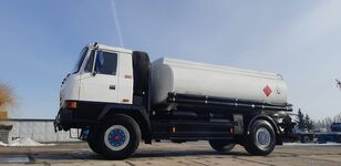camion trasporto carburante TATRA T815 - 200R41 19225