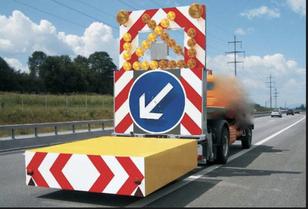 carro attrezzi MERCEDES-BENZ tampon signalisation routière