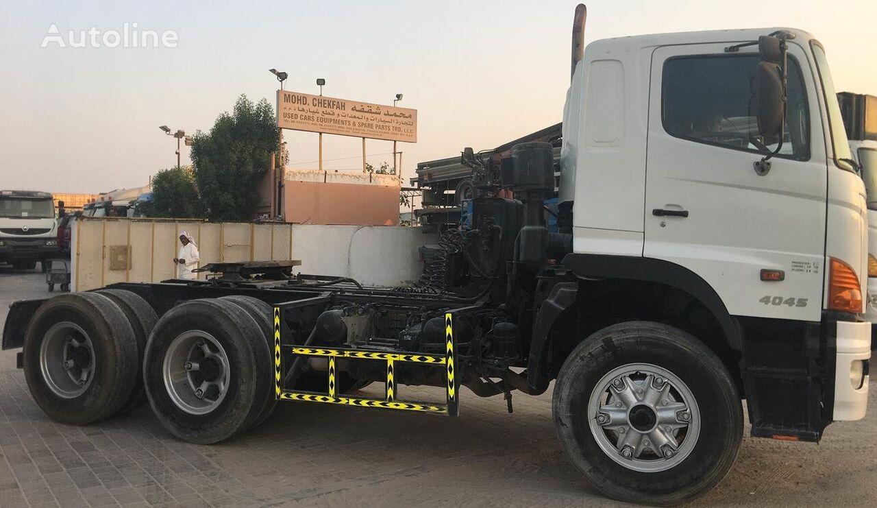 trattore stradale HINO 4045